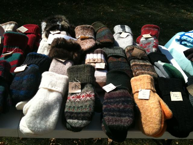 Recycled Wool Mittens