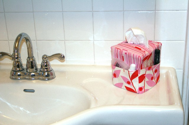 Bathroom Tissue Caddy 2